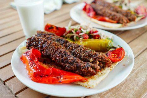 Adana Kebab – rețetă turcească prezentată detaliat