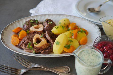 tafelspitz reteta, rasol de vita cu legume si sosuri, tafelspitz vienez reteta laura laurentiu