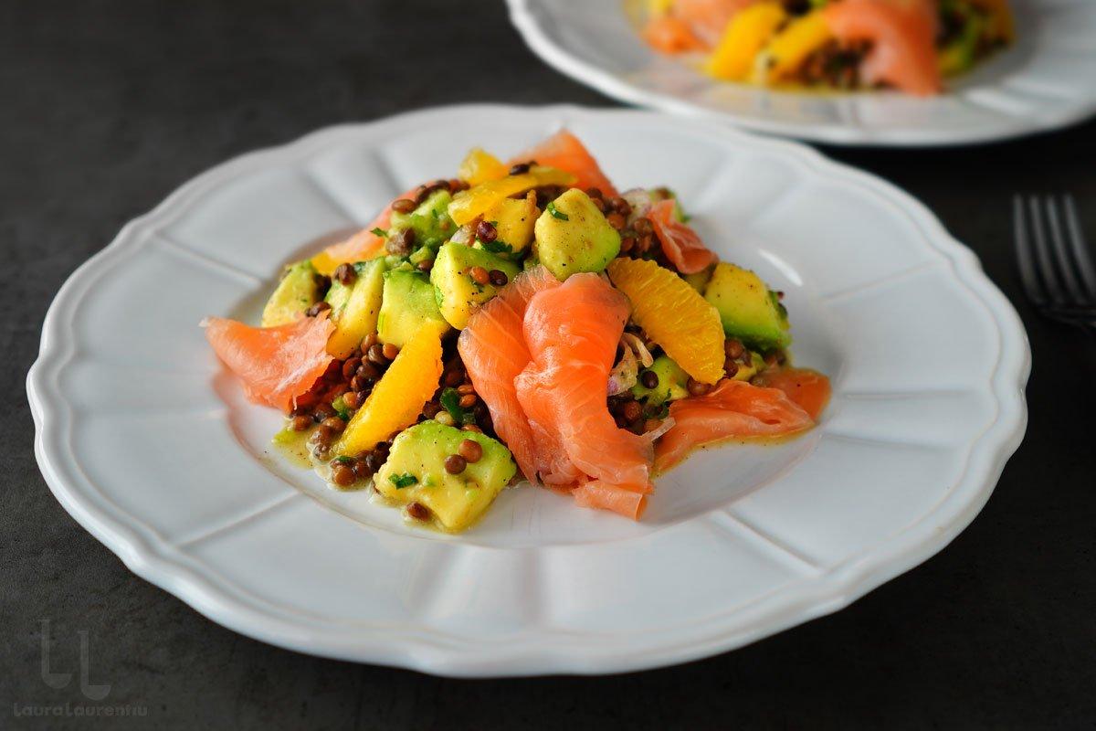 salata de linte cu somon afumat avocado si portocale reteta laura laurentiu