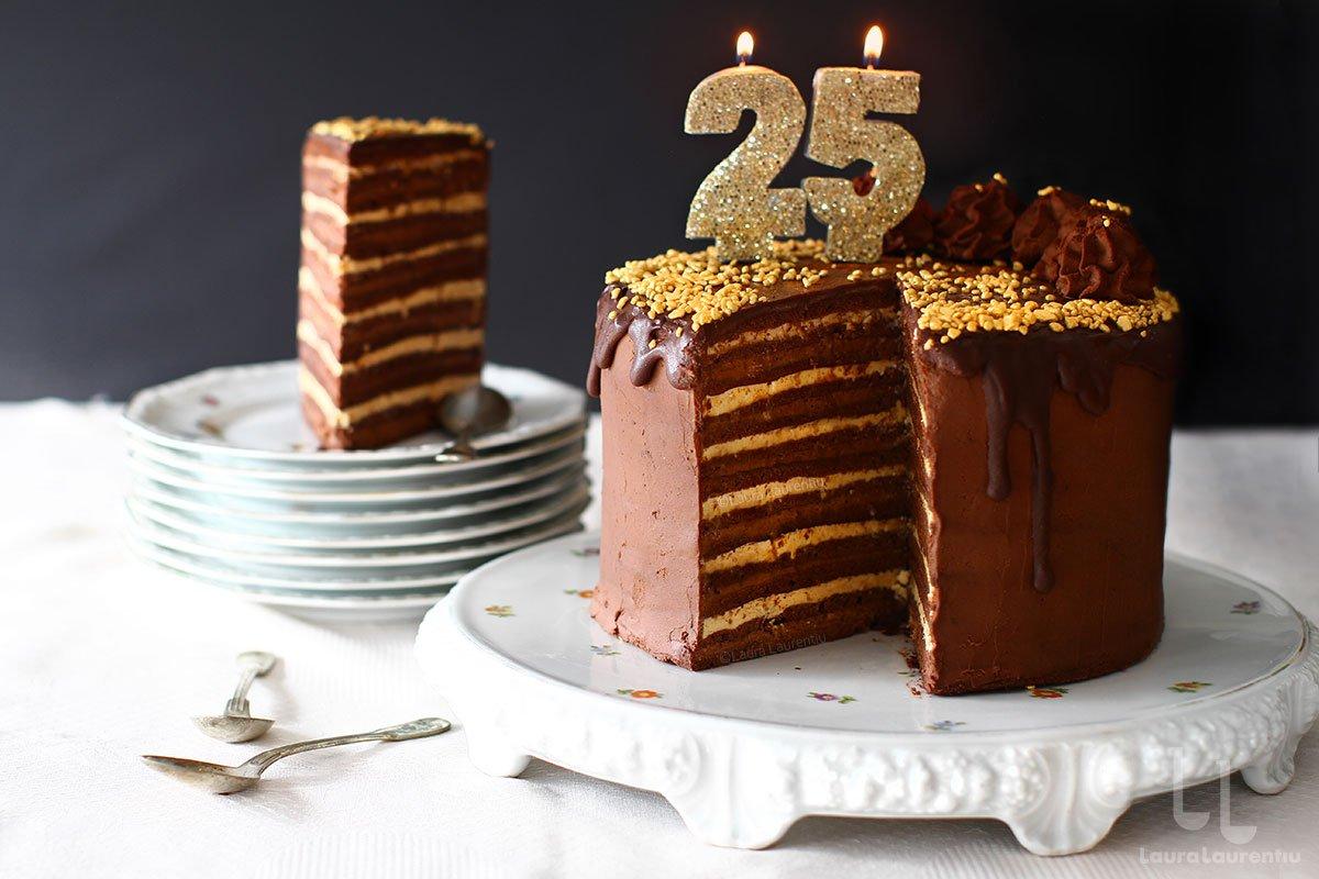Cel mai bun tort de ciocolată - 25 de straturi de plăcere