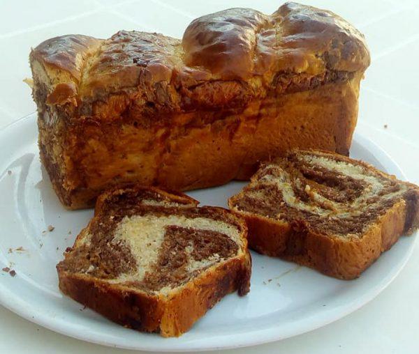 Cozonac cu crema caramel incercat de Iulius Sorina Culda