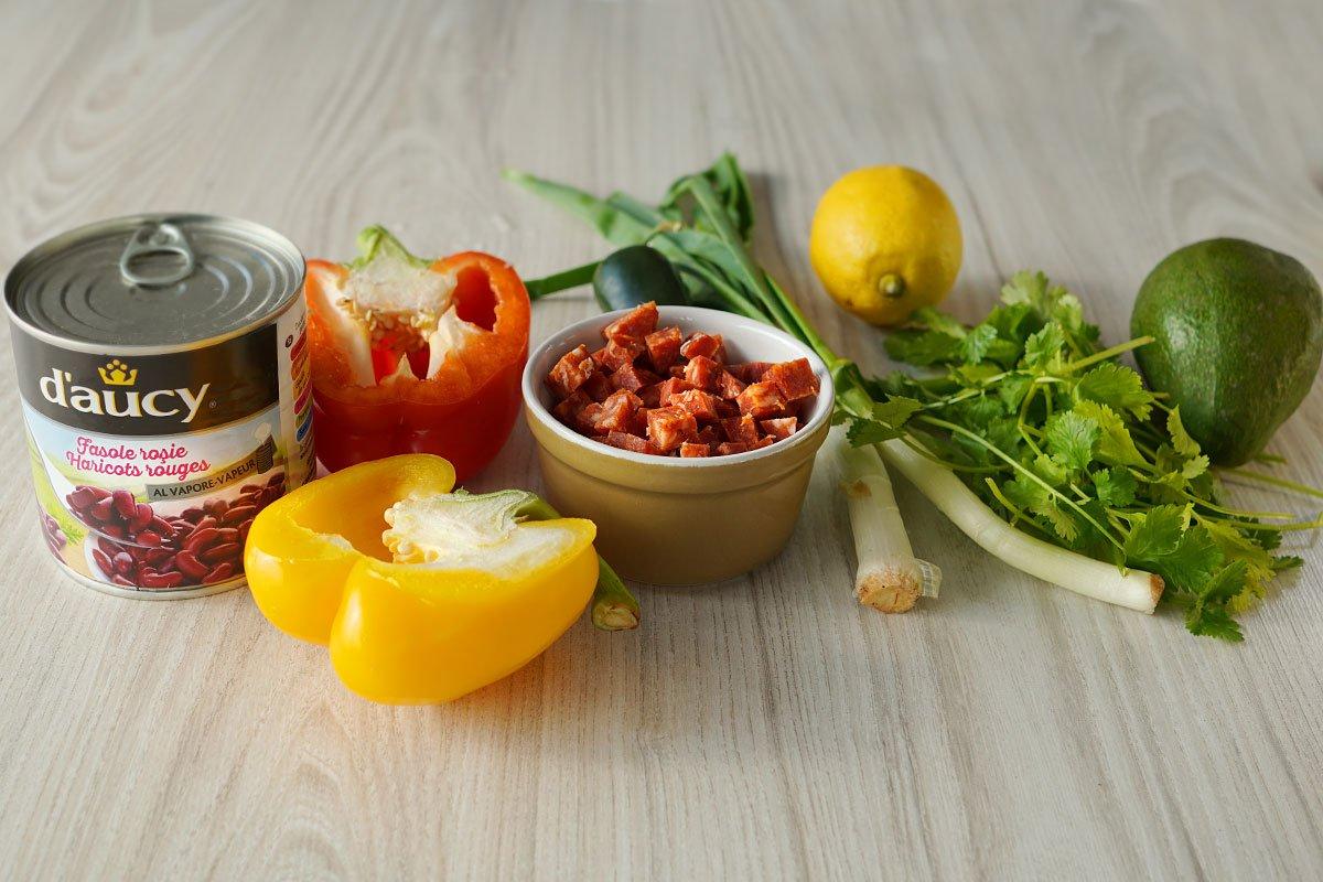 ingrediente pentru prepararea salatei