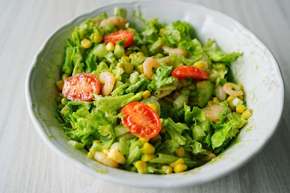 salata de creveti reteta salata de creveti cu porumb salata de creveti cu avocado reteta