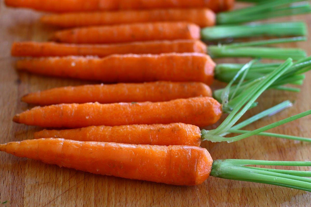 morcovi curatati
