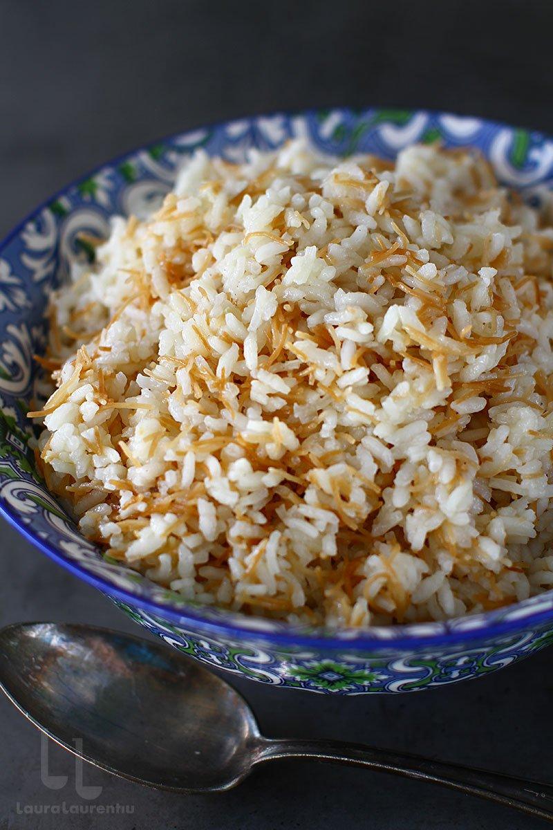 pilaf turcesc de orez cu fidea reteta turceasca de pilaf de orez cu fidea