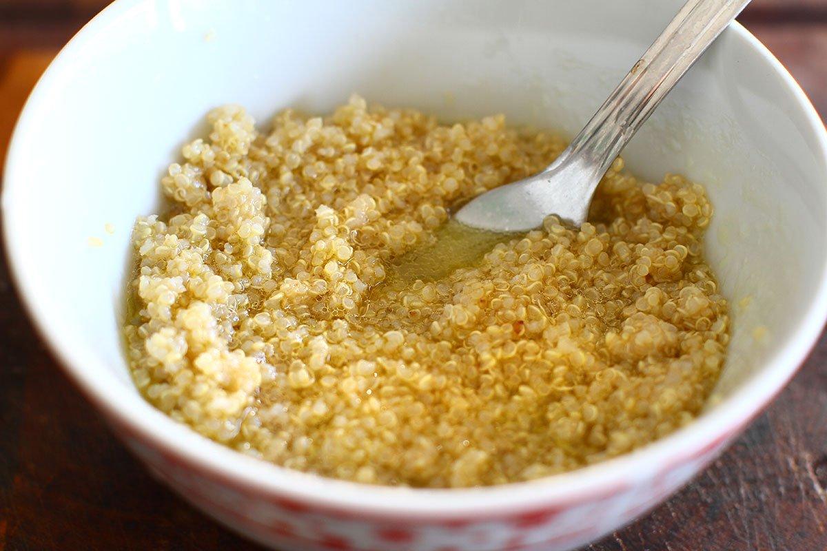 quinoa cu dressing