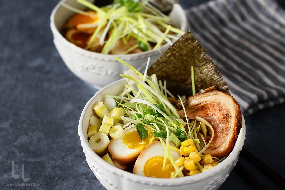 supa ramen cu oua Ajitsuke Tamago