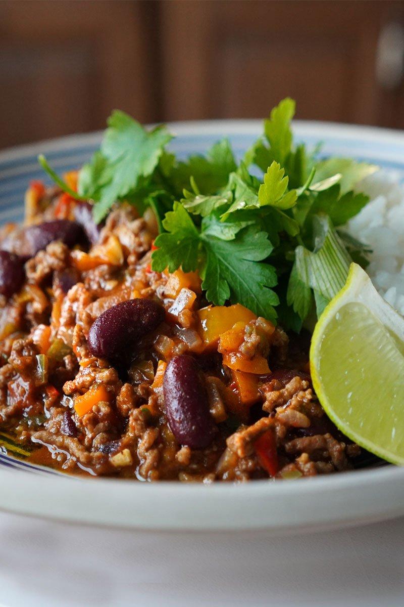 chili con carne reteta video reteta mexicana cu carne tocata si fasole