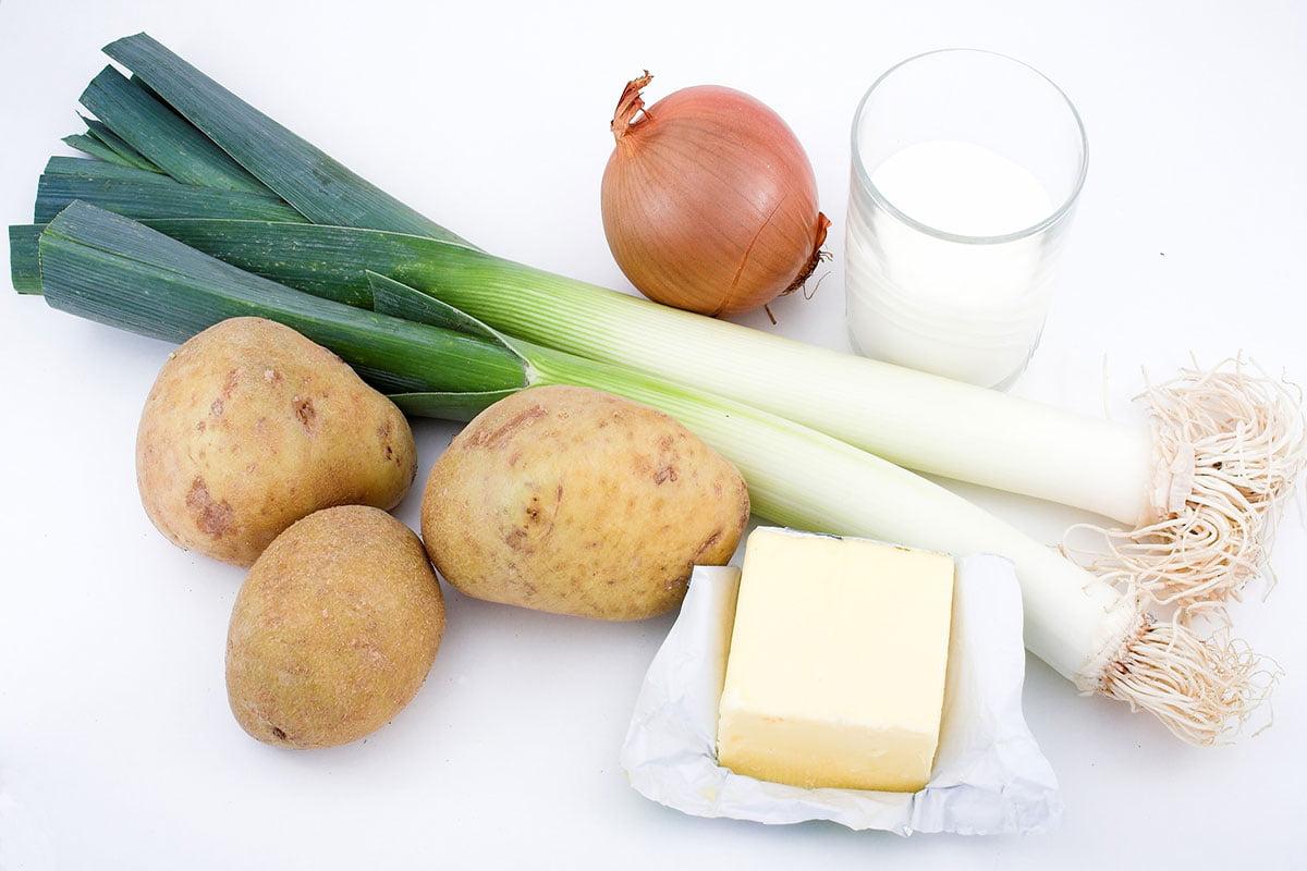 ingrediente supa cartofi praz