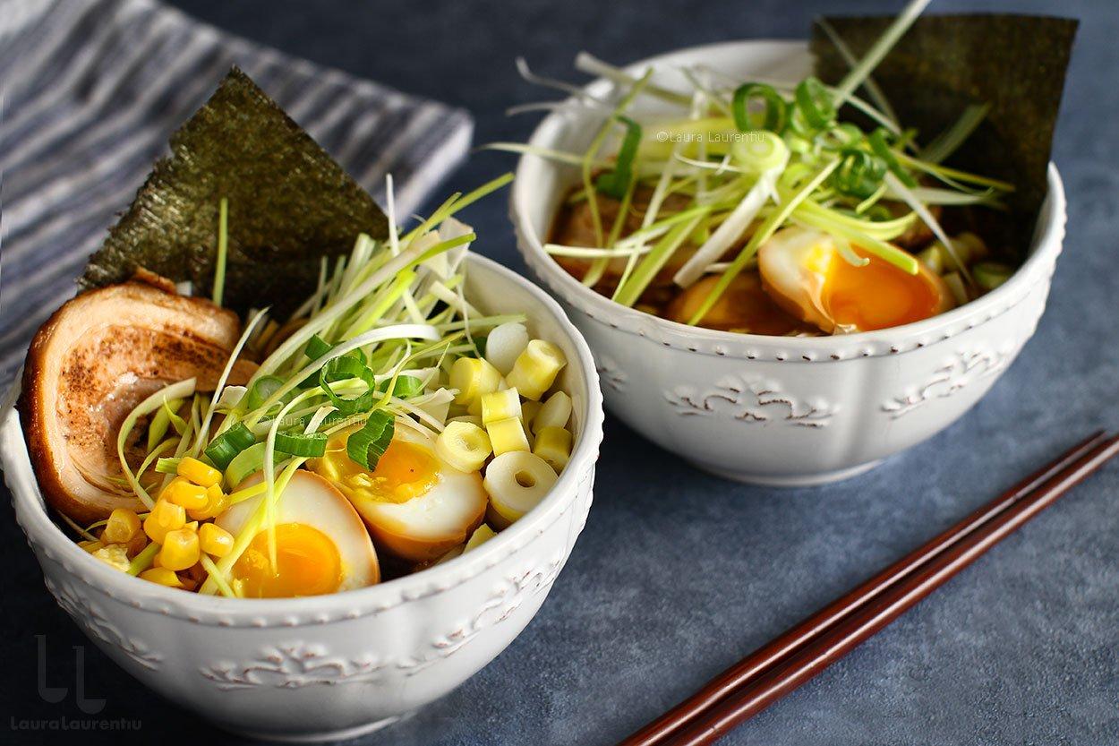 Ramen cu miso - rețetă video de supă ramen japoneză