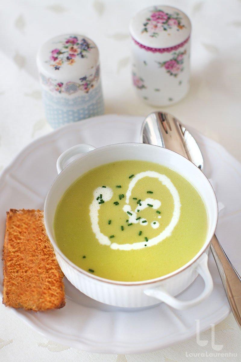 supa crema de cartofi cu praz reteta supa crema parmentier reteta supa crema vichyssoise reteta