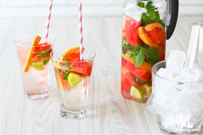 Apă cu vitamine 100% naturală, fără zahăr