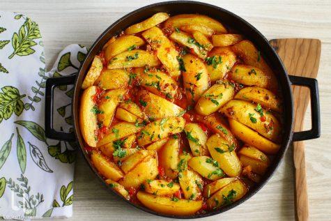 Mâncare de cartofi cu carne tocată, la cuptor – gulaș rapid – video
